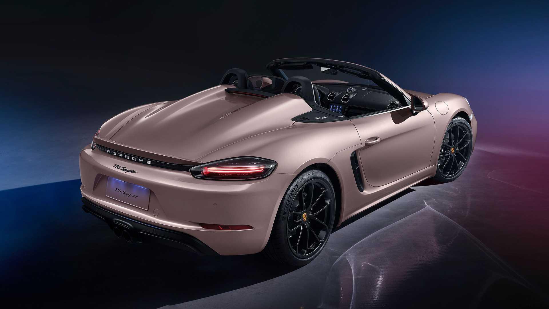 Porsche 718 spyder 2021 4 cylindres 3