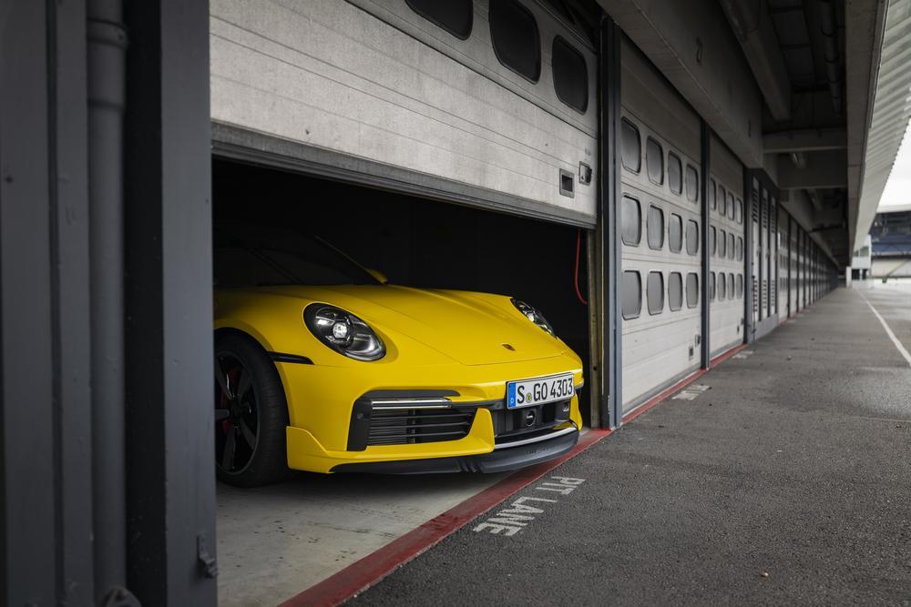Porsche 992 turbo aerokit